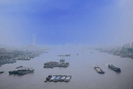 Yang Pu East 2006. Ilfotrans trasparente para caja de luz 102 x 130 x 16 cm. Edición de 3
